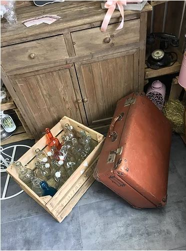 pink event location valise vintage malle marron2